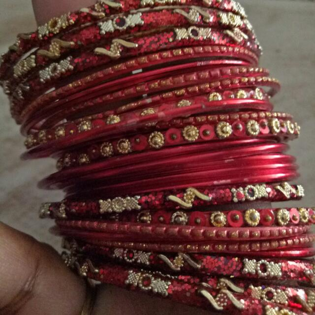 Red Indian Vintage Bangle Set