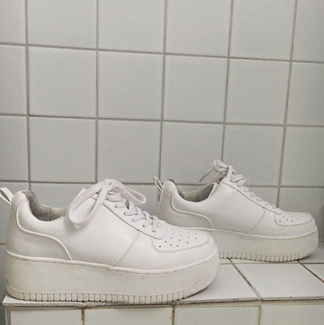 Size 7 Platform Sneakers