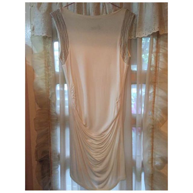 SM Noir White Dress