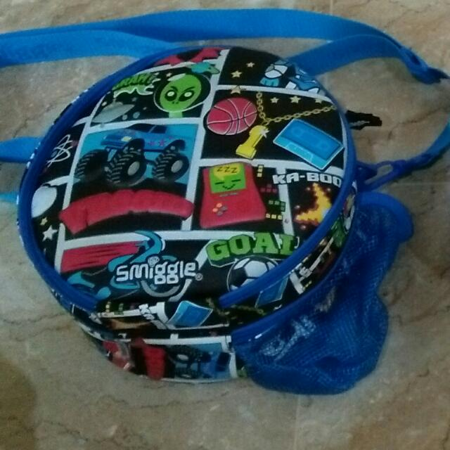 Smiggle Lunch Box/sling Bag