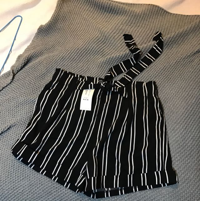 Striped High Waisted Flowy Shorts Size 12