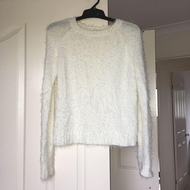 ValleyGirl Fluffy jumper