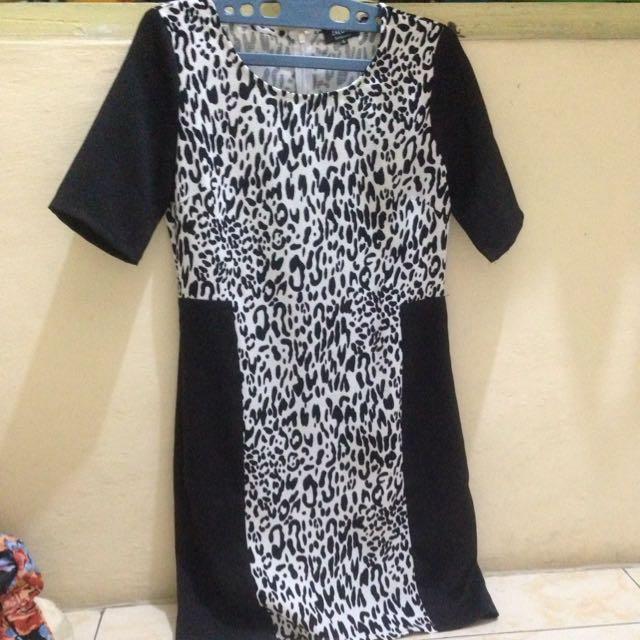 Zalora Black N White Dress