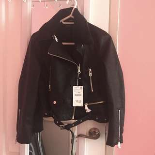 Zara Leather Effect Jacket W Detachable Fur