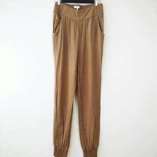 Talula Aritzia Camel Pants Size Medium