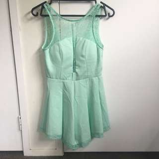 Brand new Sz 8 Play suit