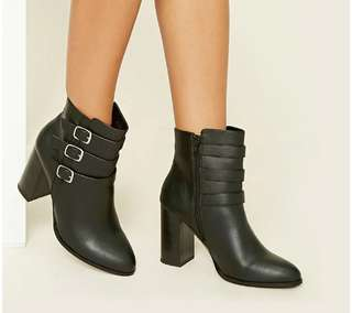Forever21 NEW Boots