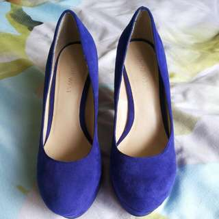 Nine West 5 1/2 Cobalt Blue