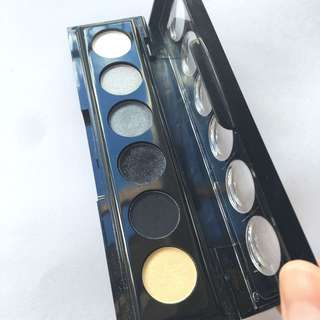 Chichi Eyeshadow Palette