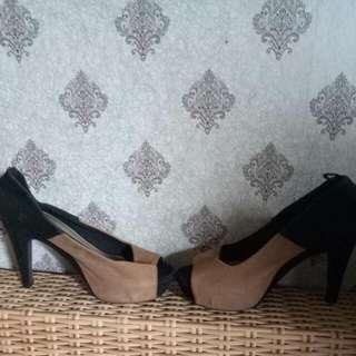 Sepatu Connexion Heells