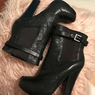 NINE WEST Black Leather Winter Boots ~ Authentic ~