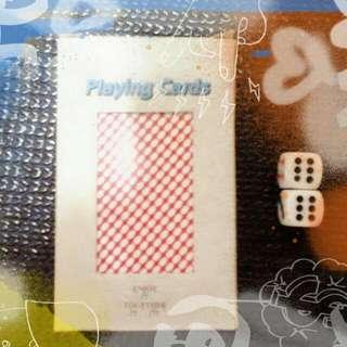撲克牌+2顆骰子