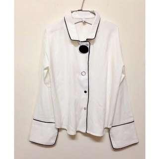 全新💛轉賣~韓版前衛簡約大鈕釦滾邊小喇叭袖長袖襯衫