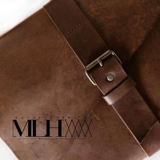 Handmade Leather Bag Minimalist & Elegant design