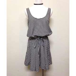 轉賣~Queen shop 基本百搭款黑白條紋抽繩綁帶棉質背心傘裙