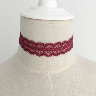 Red Lace Queen's Choker