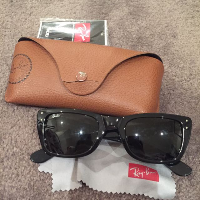 Authentic Ray Ban Sunnies