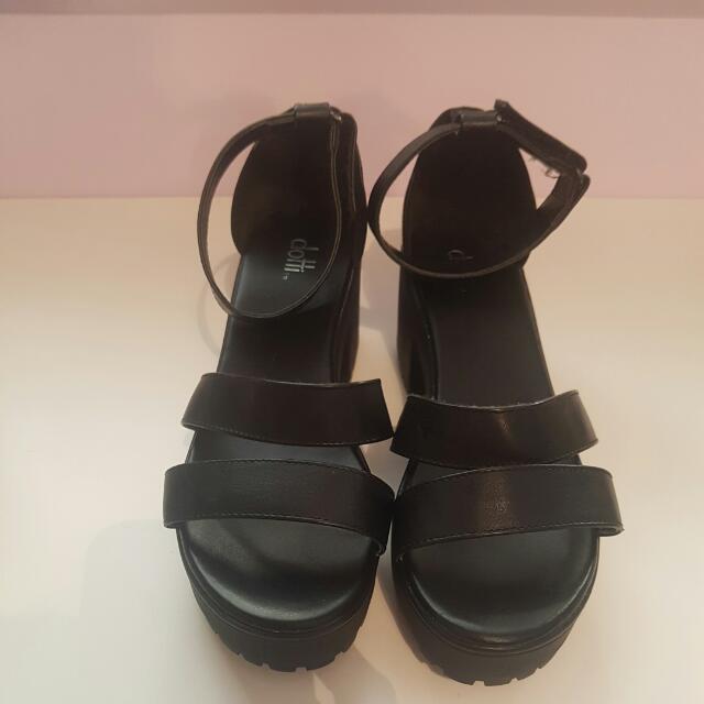 Black Block Sandals