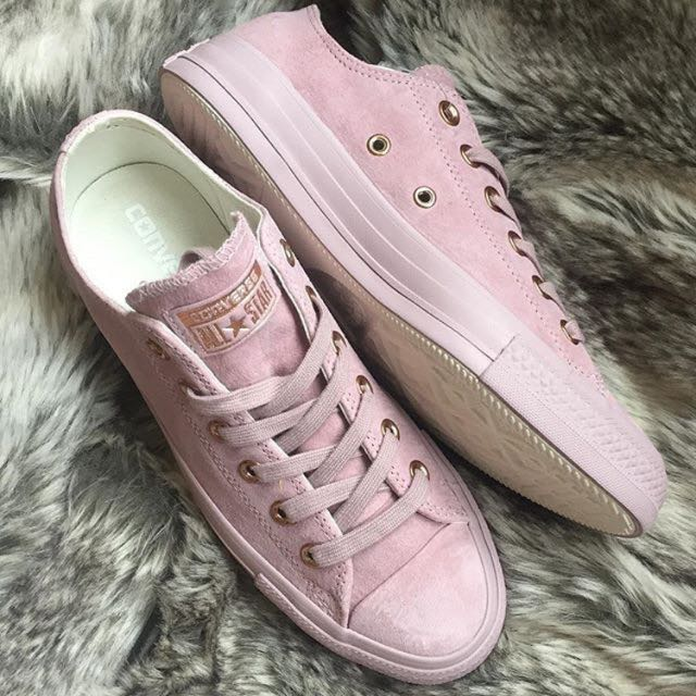 Converse Lilac Pink (Suede) FREE SHIPPING!!