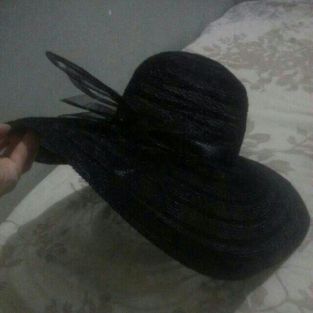 Elegant Floppy Hat..