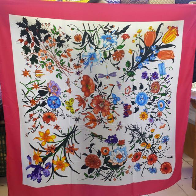 gucci shawl silk