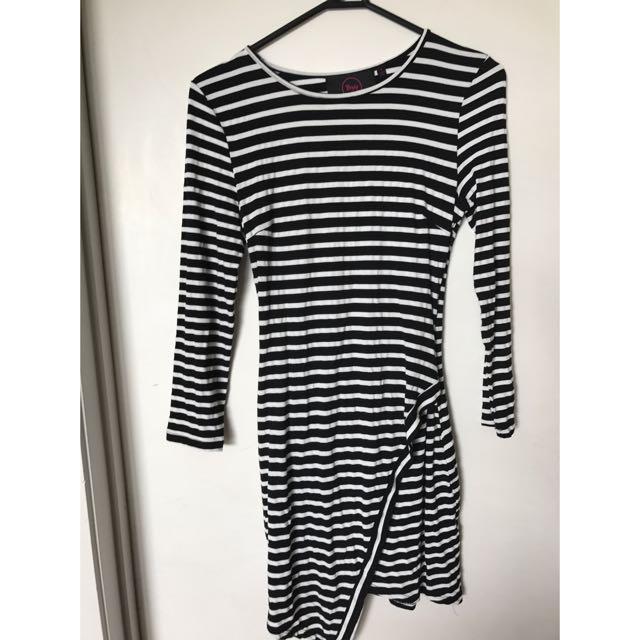 Lippy Bodycon Dress