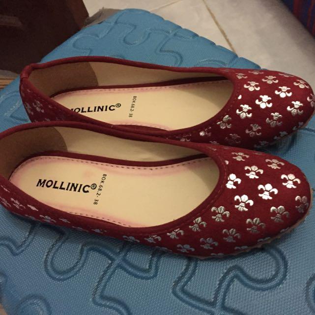 Maroon Flatshoes