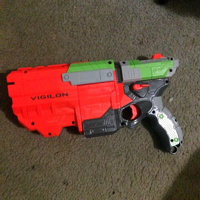 NERF DISC SHOOTER