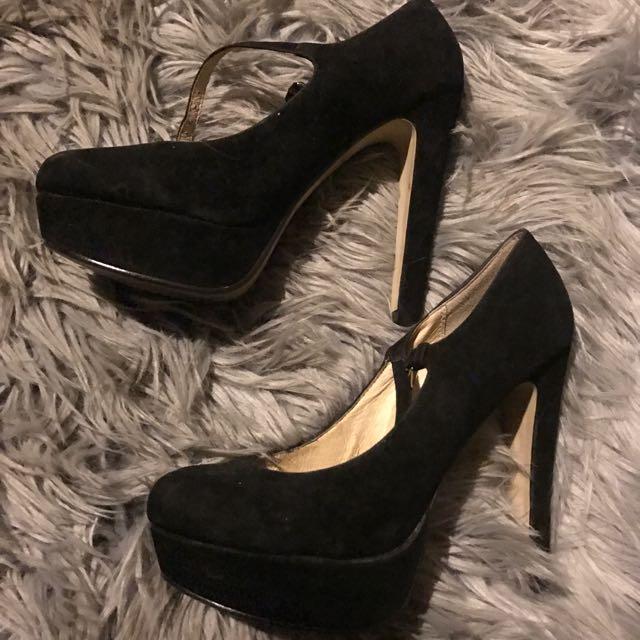 Novo Heels