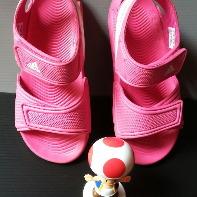 Preloved Adidas Akwah Kids (Pink(