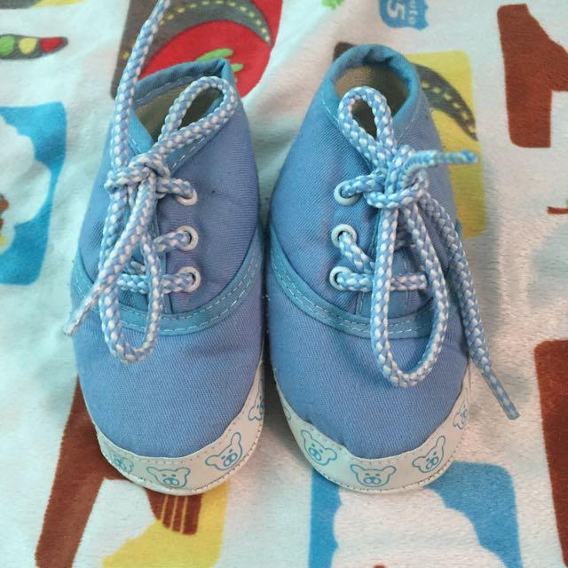 sepatu prewalker baby