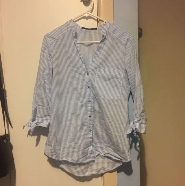 5db9dba860a27b Size XS Zara Blue White Stripe Blouse Shirt Tie Up Sleeve on Carousell