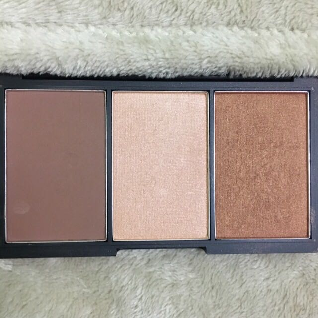 Sleek Face Form Contour Palette