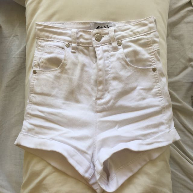 White High Wasted Denim Shorts