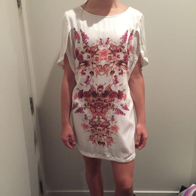 Wish Size Aus 12/ Medium Floral Dress