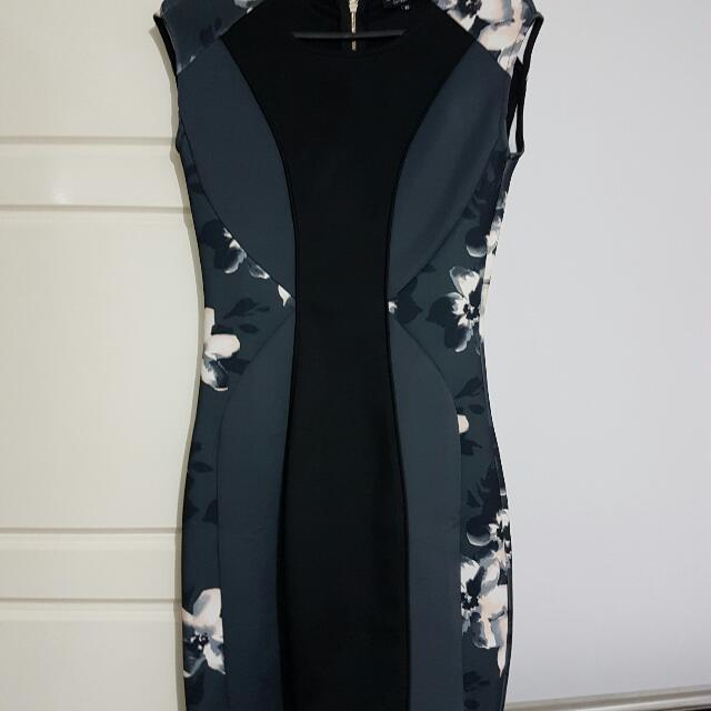 Zalora Floral Black Block Dress | Size XS (6)