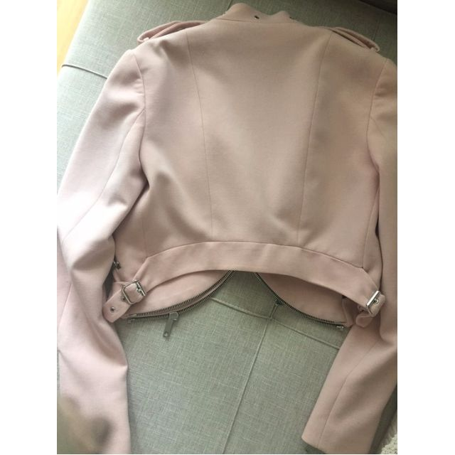 3e9f4017 Zara Cropped Jacket with Zips in Pink, Women's Fashion, Clothes, Outerwear  on Carousell