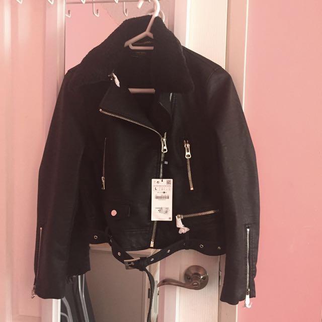 Zara Leather Effect Jacket W Detachable Fur