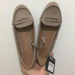 Rubi Shoes Size 37