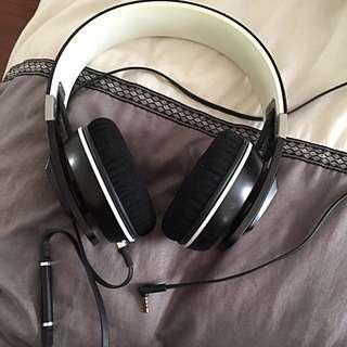 Sennheiser Urbanite Black On Ear Headphones