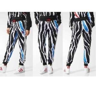 (7成新)adidas愛迪達斑馬紋超薄料帥氣縮口長褲休閒運動褲