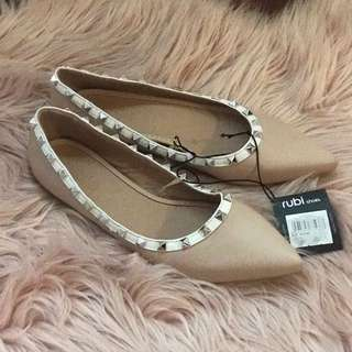 Rubi Nude Pointed Toe Flats With Stud Detail Size 38