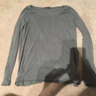 Brandy Melville grey long sleeve shirt