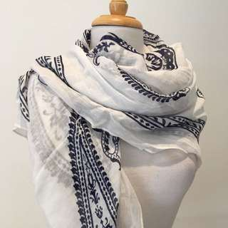 TARGET Collection Summer Breeze Scarf