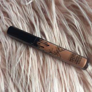 Authentic Kylie Single BROWN SUGAR