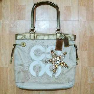 Authentic Coach Summer Hand Bag