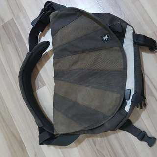 Authentic Crumpler