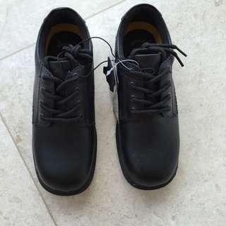School Shoes Grosby Size 1 Brand New BNWT