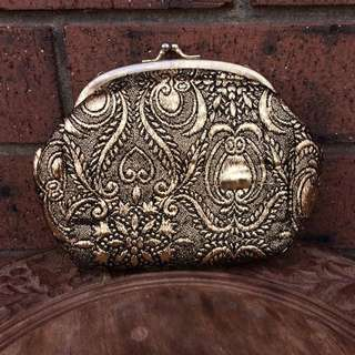 Metallic Embroidered 70s Clutch Purse