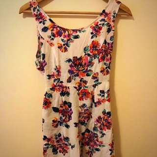 SUMMER FLORAL PLAYSUIT BRAND NEW